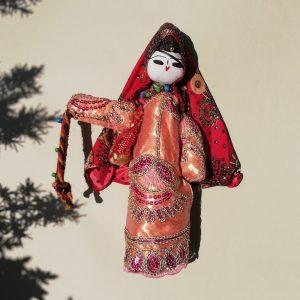 عروسک ایستاده تاجمیر