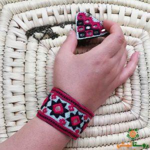 دستبند سوزندوزی