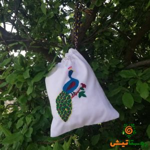 کیسه پارچه ای گلدوزی طرح طاووس 4