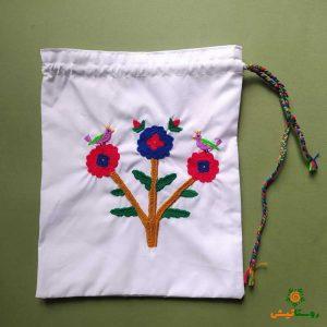 کیسه پارچهای گلدوزی بزرگ