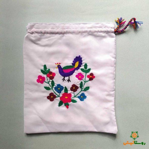 کیسه پارچهای گلدوزی بزرگ طرح گل و طاووس