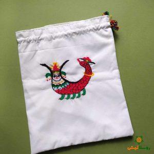 کیسه پارچه ای گلدوزی طرح شاماران
