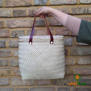straw_made_ basket